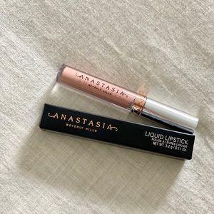 New Anastasia liquid lipstick pure Hollywood